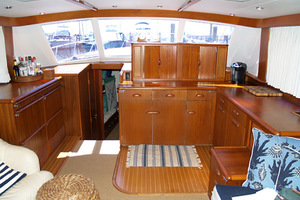 54' Rybovich Convertible 1970 SalonForward