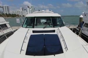 Sea-Ray-540-Sundancer-2011-XS-Miami-Florida-United-States-Foredeck-918505