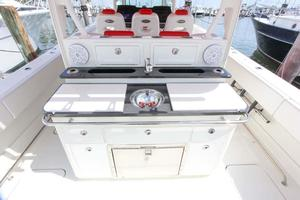 Hydra-Sports-Center-Console-2015-Flash-Coconut-Grove-Florida-United-States-Prep-Area-368861