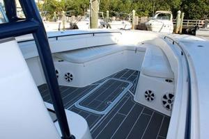 Cape-Horn-36-Center-Console-2016-All-In-Boynton-Beach-Florida-United-States-Forward-Seating-923965