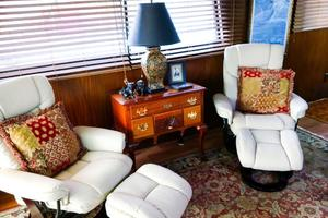 54' Hatteras Motor Yacht 1987 Salon Seating Port