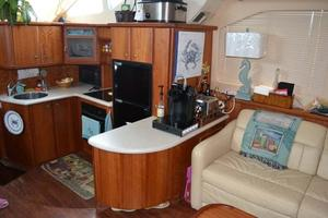 photo of Silverton-Motor-Yacht-2003-Tropical-Breeze-Daytona-Florida-United-States-Galley-924691