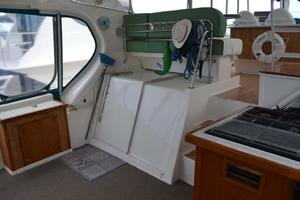 photo of Silverton-Motor-Yacht-2003-Tropical-Breeze-Daytona-Florida-United-States-Cabin-Entry-924688
