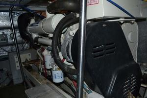 photo of Silverton-Motor-Yacht-2003-Tropical-Breeze-Daytona-Florida-United-States-Engine-Room-924701