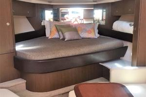 Sea-Ray-Sundancer-2015-Tyeland-Hyannis-Massachusetts-United-States-Fwd-Berth-385214