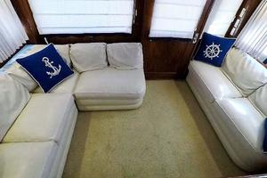 50' Nor-tech 5000 Supercat 2002 Salon Settees