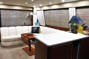 53' Ocean Yachts 53 Super Sport 1998 Salon