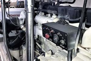 53' Ocean Yachts 53 Super Sport 1998 Port Engine