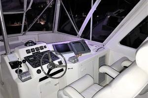 53' Ocean Yachts 53 Super Sport 1998 Helm