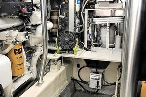 53' Ocean Yachts 53 Super Sport 1998 Engine Room