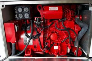 52' Regal 52 Sport Coupe 2008 Genset