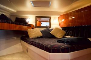 52' Regal 52 Sport Coupe 2008 Guest Stateroom