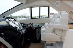 52' Regal 52 Sport Coupe 2008 Helm