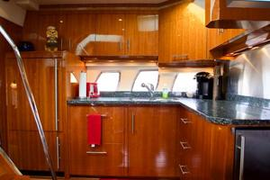 52' Regal 52 Sport Coupe 2008 Galley