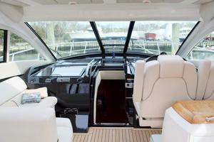 52' Regal 52 Sport Coupe 2008 Helm Deck