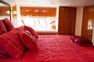 52' Regal 52 Sport Coupe 2008 Master Berth
