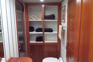 72' Custom Carolina Motor Yacht 2000 Guest Head Storage