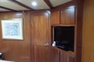 72' Custom Carolina Motor Yacht 2000 Master Entertainment