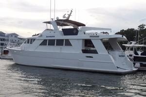 72' Custom Carolina Motor Yacht 2000 Profile