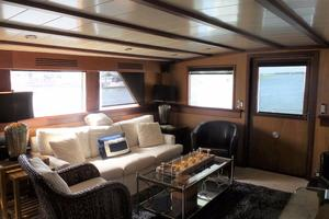 72' Custom Carolina Motor Yacht 2000 Salon Looking Aft