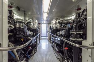 115' Westport - Crescent Tri-Deck Motoryacht 1994 eNGINE ROOM