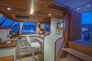 100' Giorgetti & Magrini Custom Cruising Ketch 1989 NAVIGATION STATION