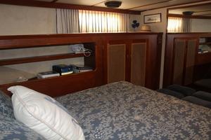 60' Vic Franck Custom Pilothouse Motoryacht 1984 MASTER STATEROOM