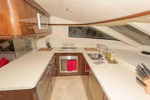 66' Neptunus Enclosed Skylounge 2005 Galley to Port