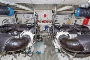 66' Neptunus Enclosed Skylounge 2005 Engine Room Looking Forward