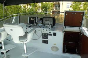 77' Hatteras Cockpit Motoryacht 1987 Helm