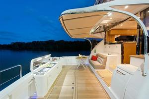 52' Riviera ENCLOSED FLYBRIDGE- ON ORDER! 2019 Riviera Yachts 52 Flybridge Cockpit