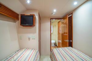 64' Hatteras 64 Motor Yacht 2008 Guest Stateroom