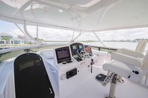 64' Hatteras 64 Motor Yacht 2008 Flypridge Helm