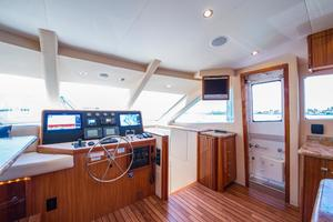 64' Hatteras 64 Motor Yacht 2008 Lower Helm