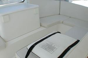 56' Ocean Yachts Supersport 2000 Flybridge