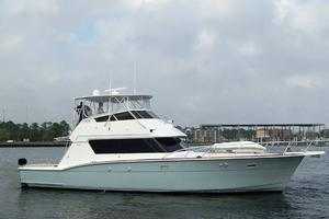 52' Hatteras 52 Convertible 1987 Profile 1