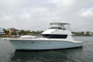 52' Hatteras 52 Convertible 1987 Profile3