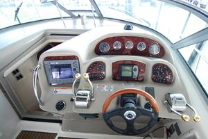 34' Sea Ray 340 Sundancer 2006 Helm and electronics