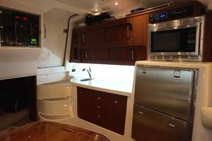 37' Grady-White Express 370 2015