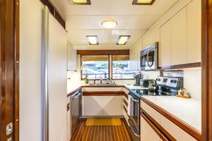 86' Burger Raised Pilot House 1987 Galley