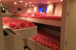 116' Denison  1987 Twin Guest Stateroom