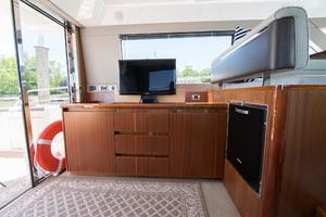 51' Sealine C48 2013 Salon media center with hi-lo TV