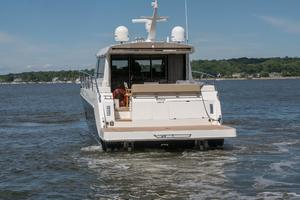 51' Sealine C48 2013 Stern Profile