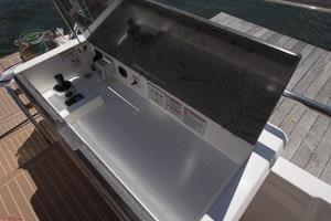 51' Sealine C48 2013 Aft wing station