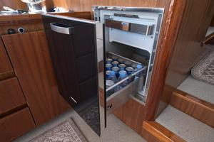 51' Sealine C48 2013 Salon Isotherm drink cooler
