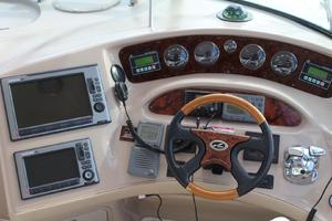 60' Sea Ray 600 Sun Sport 2003 Helm Station w/ Upgraded Electronics