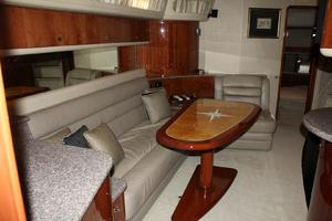 60' Sea Ray 600 Sun Sport 2003 Salon Looking Aft