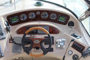 60' Sea Ray 600 Sun Sport 2003 Helm Station w/ Cockpit A/C