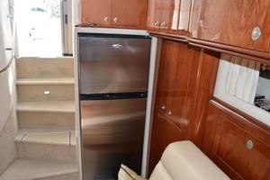 55' Sea Ray 550 Sundancer 2004 Galley - Refrigerator