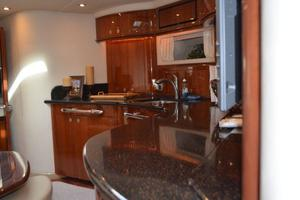 55' Sea Ray 550 Sundancer 2004 Galley